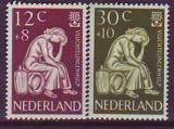 NL-Mi.-Nr. 744/45 **